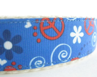 Hemp dog collar - Peace Signs