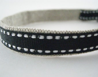 "Dressed in Black Organic Cotton 1/2"" collar"