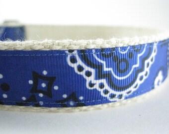 Hemp dog collar - Blue Bandana paisley