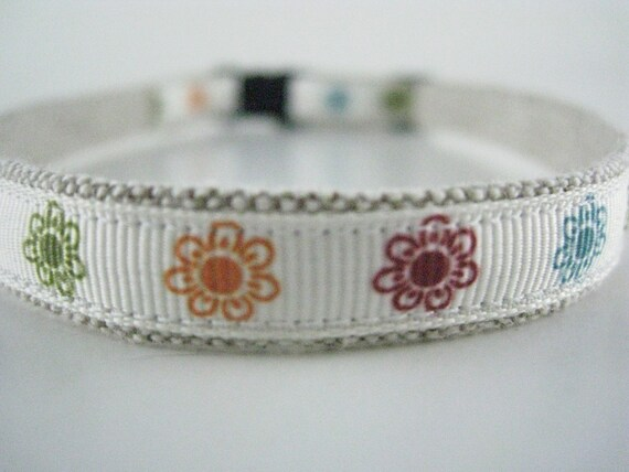 "Sunny Flowers Organic Cotton 1/2"" collar"