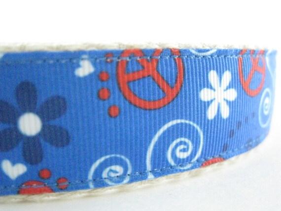 Hemp dog collar - Peace Signs
