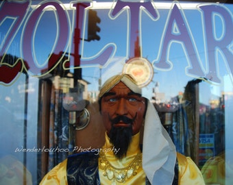 Zoltar Fortune Teller Fisherman's Wharf San Francisco California - 8x10 Photograph