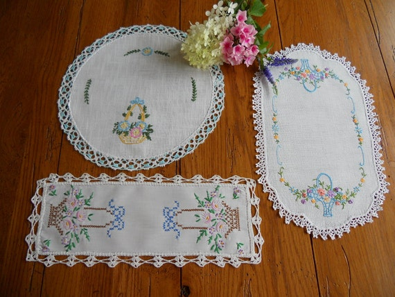 A Tiskit A Taskit..Doilies with a Basket