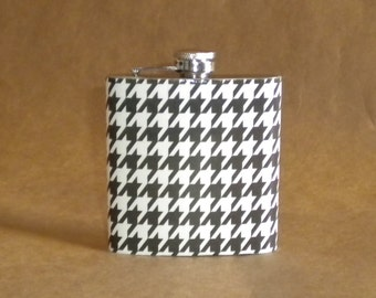 Black and White Houndstooth Print Gift Flask 6 ounces