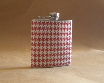 SALE Flask Cinnamon and White Houndstooth Print Bridal Party 6 ounce Stainless Steel Girl Gift Flask KR2D 4431
