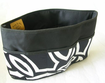 Purse To Go(R)Pockets Plus-Purse organizer insert transfer liner in Petals Print-Small size Enclosed bottom-Change purses in seconds