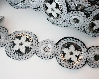 2yd-48pcsMachine Embroidery Desigins Gray Two Size Flowers Trim Lace(B162)