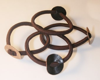 30PCS-Brown hair elastic ponytail ring with 20mm leather circle(C113-BR)