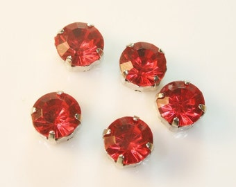 100pcs-10mm Fancy Round Cut With Attachable Metal Wrap Red(A170Red-30)