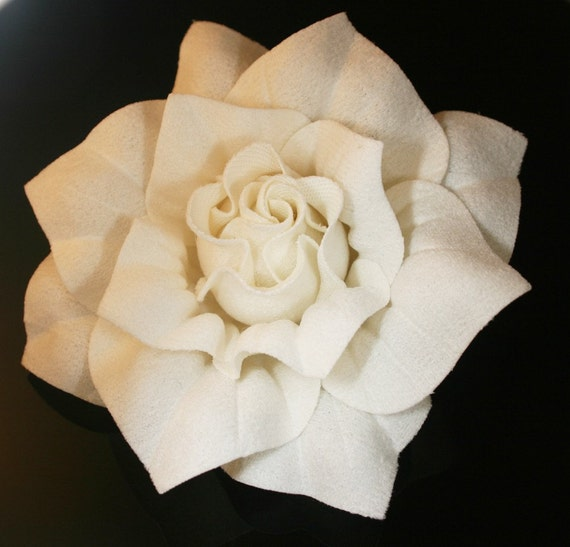 2pcs-Rose Flowers Hard Felt Square for corsage,shoes,accessory etc..-82mm 7Colors avail .-Ivory(F208-Iv)