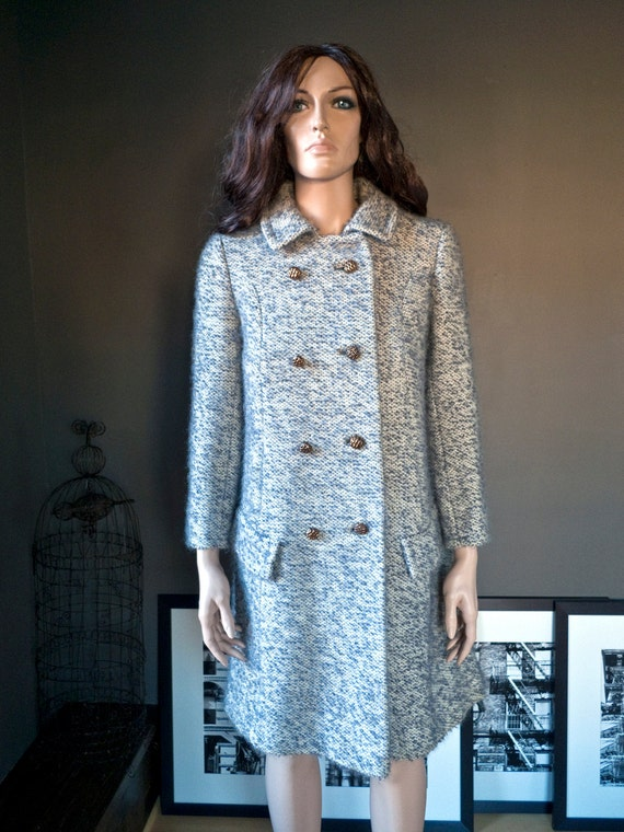 RESERVED, payment 1 of 2.... Vintage double breasted MOD bouclé wool COAT... small, extra-small (estimated)