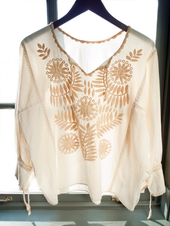 Vintage HAND EMBROIDERED bohemian PEASANT blouse