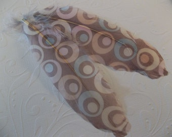 Jewelry Feathers - Pastel Circular Geometric Print - 6 Inches Long - Great for Earrings & Jewelry - Qty 2