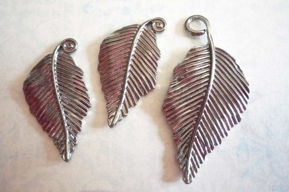 Two Sizes of Three Hackberry Leaves Pendants Charms in Antiqued Silver