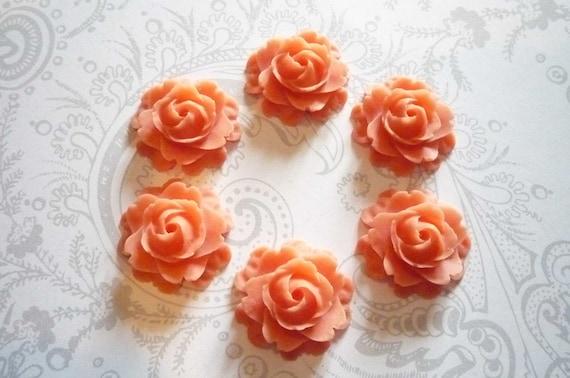 Set of 6 Peachy Orange Roses Flat Back 22mm Cabochons Flower Blooms Shapes
