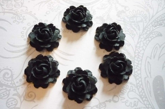 Set of 6 Black Roses Flat Back 22mm Cabochons Flower Blooms Shapes