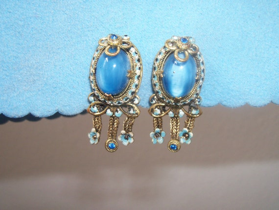 Vintage Signed Chechoslovakia Sky Blue Carbochon Screw Back Earrings