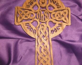 Oak celtic cross