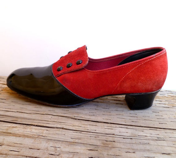 Vintage 40s Pumps / 1940s Loafers / Black and Red Shoes- size 6