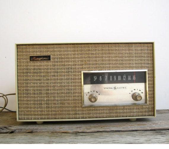 Radio- General Electric Musaphonic Radio