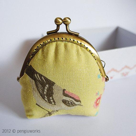 Coin Purse // Lovely Bird Purse // Mixed Pattern // Light green