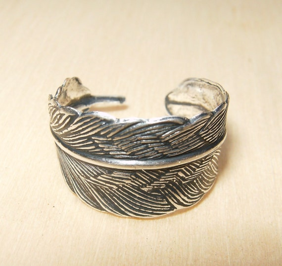 Small Silver Feather Ring Adjustable