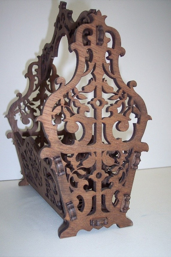 Classic wood basket for letters