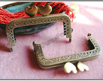 8cm (3 1/4 inch) cute heart-bead embossed vintage metal purse frame (color antique brass)-1piece