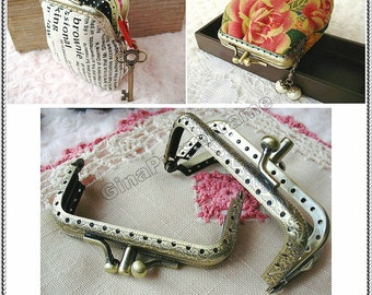 8.5cm (3 3/8inch) double-clip embossed metal purse frame (antique brass color)-1piece
