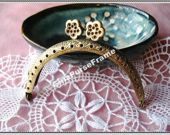 8.5cm (3 1/4 inch) Flower-bead embossed metal bag purse frame (2color)-1piece