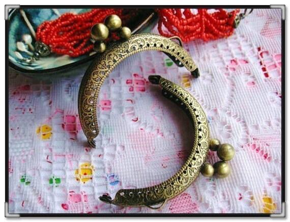 6.5cm (2 5/8 inch) embossed vintage metal purse frame (color antique brass)-1piece