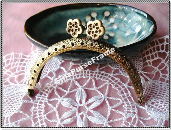 8.5cm (3 1/4 inch) Flower-bead embossed metal bag purse frame (2color)-1piece
