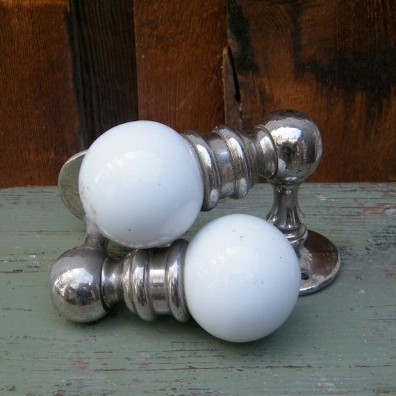 Vintage Ceramic Towel Bar: Vintage Towel Bar White Porcelain Knobs Nickel Plated Ends