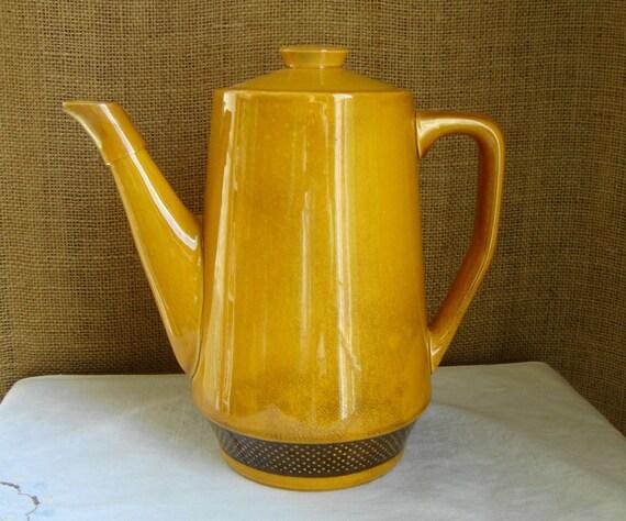 V I N T A G E Aurora by Harmony House Yellow  Ironstone Coffee Pot
