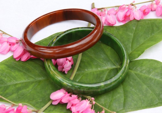 """Pair of Bakelite Marbled Bangle Bracelets 1/2"""" Wide One Green and One Brown"""