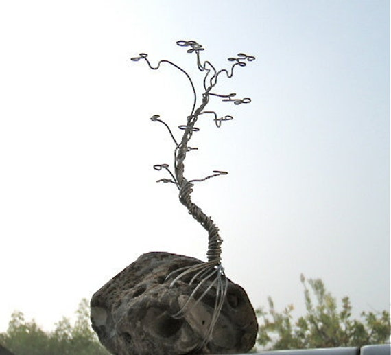 S1 - Small Jewelry Tree/ Wire Sculpture on Natural Rock