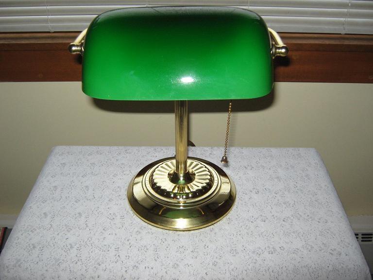 vintage green glass shade bankers desk lamp. Black Bedroom Furniture Sets. Home Design Ideas