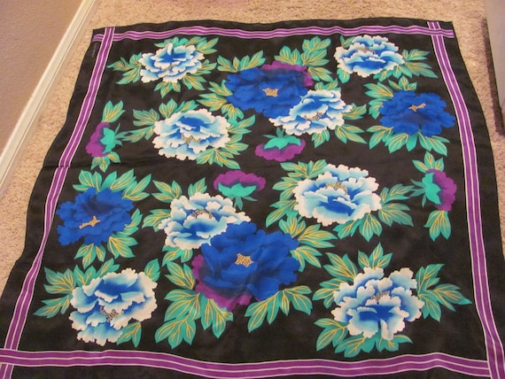 Beautiful Floral Black Elaine Gold Signed Silk Scarf  - 30 x 30 Square - Best of the Best