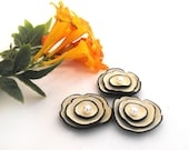 Jewelry supplies. Set of 3 pcs ivory leather flowers