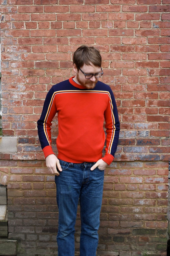 1970's Men's Red and Navy Ski Sweater