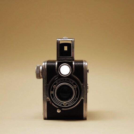 Ferrania Rondine Box Camera 1948 Made in Italy - 127 film