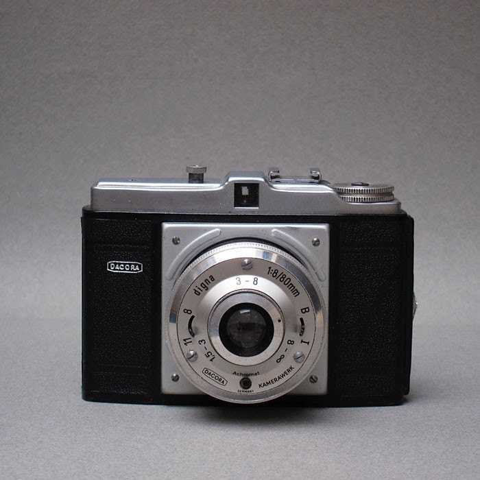 Dacora Digna Vintage Camera 1955 120 Film Takes Great