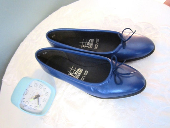 Blue Bow Leather Flats (9)
