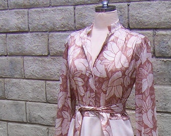 vintage beige and white secretary office or day dress 70s poly