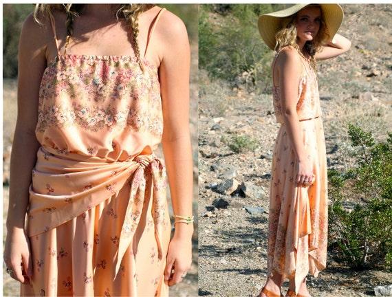 Vintage 1970s Peach Floral Boho Scarf Dress