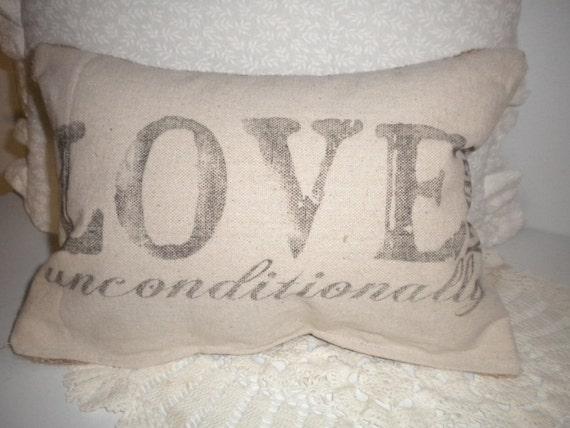Love Pillowette