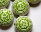 6 Vintage Style Green Etched Flower Beads