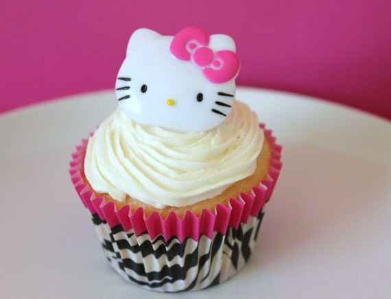 Deco Cupcake Hello Kitty : Items similar to 24 Hello Kitty Cupcake Topper Rings on Etsy
