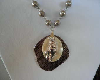 SALE Sea Shell Necklace