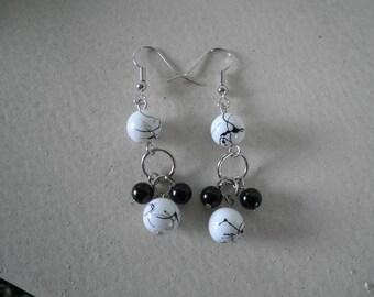 Sale White W/Black swirl Glass Beads and Black Pearls Dangled Earrings